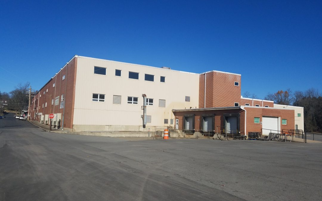 700 Hepburn Street Milton, PA: 184,000SF, industrial, 14′ ceiling, on 5.26 acres